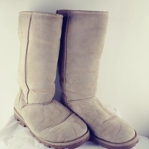 UGG Essential Tall Genuine Shearling Lined Boot, 9